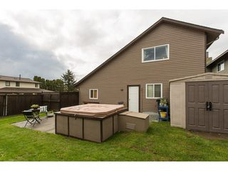 Photo 19: 2345 WAKEFIELD Court in Langley: Willoughby Heights House for sale : MLS®# R2157715