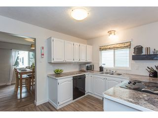 Photo 6: 2345 WAKEFIELD Court in Langley: Willoughby Heights House for sale : MLS®# R2157715