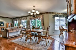 """Photo 6: 54 16061 85 Avenue in Surrey: Fleetwood Tynehead Townhouse for sale in """"Parc Seville"""" : MLS®# R2165438"""