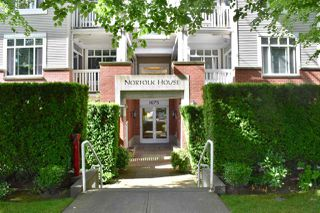 "Photo 2: 210 1675 W 10TH Avenue in Vancouver: Fairview VW Condo for sale in ""Norfolk House by Polygon"" (Vancouver West)  : MLS®# R2173409"