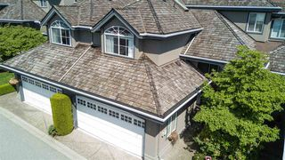 "Photo 1: 13 2990 PANORAMA Drive in Coquitlam: Westwood Plateau Townhouse for sale in ""WESTBROOK VILLAGE"" : MLS®# R2174488"