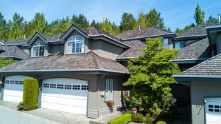 "Photo 2: 13 2990 PANORAMA Drive in Coquitlam: Westwood Plateau Townhouse for sale in ""WESTBROOK VILLAGE"" : MLS®# R2174488"