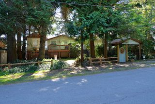 Main Photo: 4495 STALASHEN Drive in Sechelt: Sechelt District House for sale (Sunshine Coast)  : MLS®# R2178351