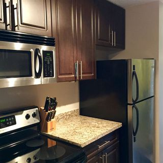"""Photo 5: 1606 4105 MAYWOOD Street in Burnaby: Metrotown Condo for sale in """"TIMES SQUARE"""" (Burnaby South)  : MLS®# R2178631"""