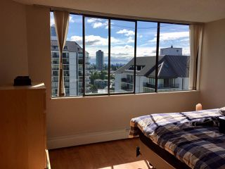"""Photo 4: 1606 4105 MAYWOOD Street in Burnaby: Metrotown Condo for sale in """"TIMES SQUARE"""" (Burnaby South)  : MLS®# R2178631"""