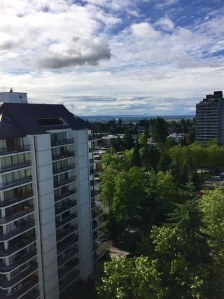 """Photo 11: 1606 4105 MAYWOOD Street in Burnaby: Metrotown Condo for sale in """"TIMES SQUARE"""" (Burnaby South)  : MLS®# R2178631"""