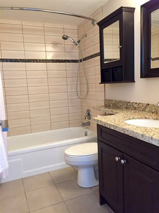 """Photo 8: 1606 4105 MAYWOOD Street in Burnaby: Metrotown Condo for sale in """"TIMES SQUARE"""" (Burnaby South)  : MLS®# R2178631"""