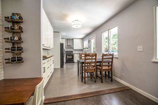 Photo 6: 956 HARTFORD Place in North Vancouver: Windsor Park NV House for sale : MLS®# R2179957