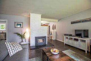 Photo 4: 956 HARTFORD Place in North Vancouver: Windsor Park NV House for sale : MLS®# R2179957