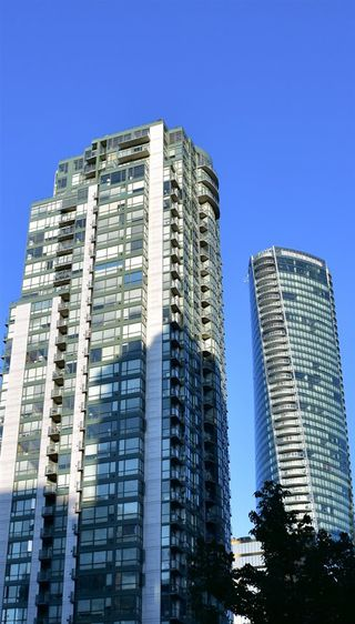 Photo 1: 3006 1239 W GEORGIA Street in Vancouver: Coal Harbour Condo for sale (Vancouver West)  : MLS®# R2187652