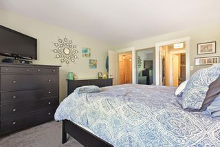 "Photo 14: 406 33688 KING Road in Abbotsford: Poplar Condo for sale in ""College Park"" : MLS®# R2199460"
