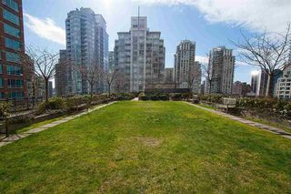 Photo 8: 1206 788 RICHARDS STREET in Vancouver: Downtown VW Condo for sale (Vancouver West)  : MLS®# R2195778