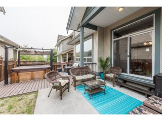Photo 14: 19617 68 Avenue in Langley: Willoughby Heights House for sale : MLS®# R2203207