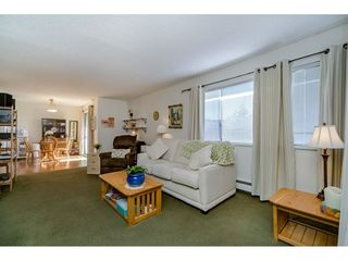 "Photo 9: 303 20460 54 Avenue in Langley: Langley City Condo for sale in ""Wheatcroft Manor"" : MLS®# R2212141"