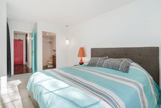 """Photo 11: 107 444 E 6TH Avenue in Vancouver: Mount Pleasant VE Condo for sale in """"Terrace Heights"""" (Vancouver East)  : MLS®# R2221611"""