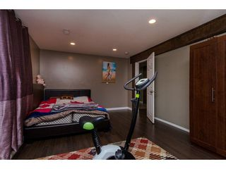 "Photo 16: 32884 BEVAN Avenue in Abbotsford: Central Abbotsford House for sale in ""~Mill Lake~"" : MLS®# R2228988"
