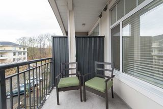 "Photo 18: 306 2353 MARPOLE Avenue in Port Coquitlam: Central Pt Coquitlam Condo for sale in ""EDGEWATER"" : MLS®# R2234201"