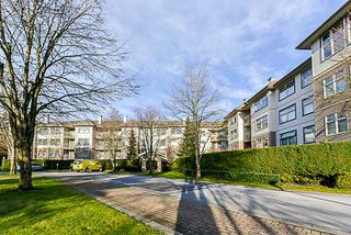 Photo 2: 217 15210 GUILDFORD DRIVE in Surrey: Guildford Condo for sale (North Surrey)  : MLS®# R2232822