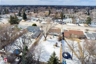 Photo 3: 617 Cathcart Street in Winnipeg: Charleswood Residential for sale (1G)  : MLS®# 1806088