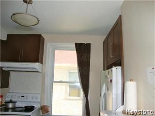 Photo 11: 641 Bannatyne Avenue in Winnipeg: Central Residential for sale (9A)  : MLS®# 1807698