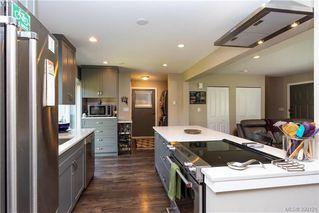 Photo 10: 2315 Muriel Pl in SIDNEY: Si Sidney South-East Half Duplex for sale (Sidney)  : MLS®# 784113