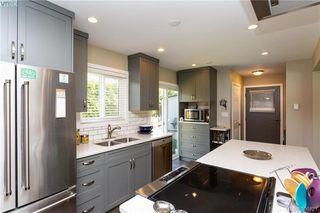 Photo 8: 2315 Muriel Pl in SIDNEY: Si Sidney South-East Half Duplex for sale (Sidney)  : MLS®# 784113