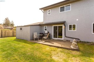Photo 18: 2315 Muriel Place in SIDNEY: Si Sidney South-East Strata Duplex Unit for sale (Sidney)  : MLS®# 390121