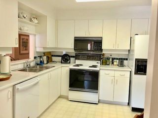 """Photo 5: 19 2130 MARINE Drive in West Vancouver: Dundarave Condo for sale in """"LINCOLN GARDENS"""" : MLS®# R2286092"""