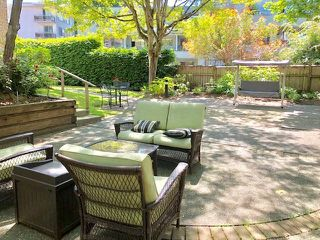 """Photo 15: 19 2130 MARINE Drive in West Vancouver: Dundarave Condo for sale in """"LINCOLN GARDENS"""" : MLS®# R2286092"""