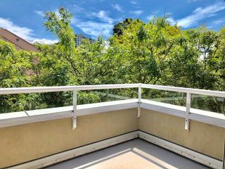 """Photo 9: 19 2130 MARINE Drive in West Vancouver: Dundarave Condo for sale in """"LINCOLN GARDENS"""" : MLS®# R2286092"""