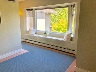 """Photo 10: 19 2130 MARINE Drive in West Vancouver: Dundarave Condo for sale in """"LINCOLN GARDENS"""" : MLS®# R2286092"""
