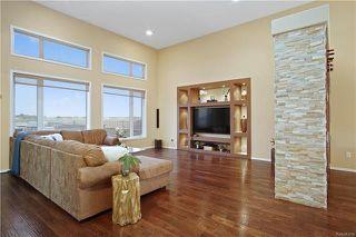 Photo 3: 14 Van Slyk Way in Winnipeg: Canterbury Park Residential for sale (3M)  : MLS®# 1818797
