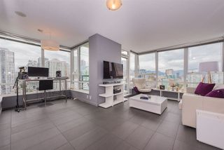 "Photo 4: 2508 928 BEATTY Street in Vancouver: Yaletown Condo for sale in ""The Max"" (Vancouver West)  : MLS®# R2297790"