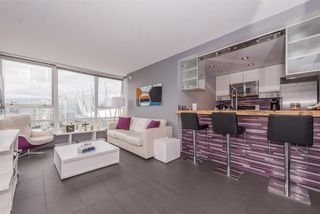 "Photo 7: 2508 928 BEATTY Street in Vancouver: Yaletown Condo for sale in ""The Max"" (Vancouver West)  : MLS®# R2297790"