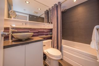 "Photo 12: 2508 928 BEATTY Street in Vancouver: Yaletown Condo for sale in ""The Max"" (Vancouver West)  : MLS®# R2297790"