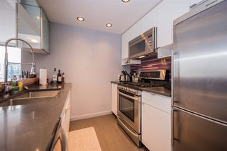 "Photo 8: 2508 928 BEATTY Street in Vancouver: Yaletown Condo for sale in ""The Max"" (Vancouver West)  : MLS®# R2297790"