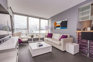 "Photo 2: 2508 928 BEATTY Street in Vancouver: Yaletown Condo for sale in ""The Max"" (Vancouver West)  : MLS®# R2297790"