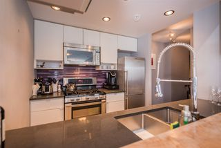 "Photo 11: 2508 928 BEATTY Street in Vancouver: Yaletown Condo for sale in ""The Max"" (Vancouver West)  : MLS®# R2297790"