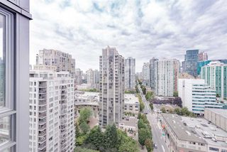 "Photo 16: 2508 928 BEATTY Street in Vancouver: Yaletown Condo for sale in ""The Max"" (Vancouver West)  : MLS®# R2297790"