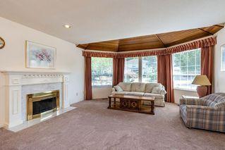 "Photo 3: 13043 SUMMERHILL Crescent in Surrey: Crescent Bch Ocean Pk. House for sale in ""Summerhill Estates"" (South Surrey White Rock)  : MLS®# R2304176"