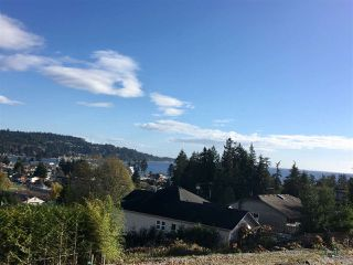"Main Photo: LOT 6 DUNGENESS Place in Sechelt: Sechelt District Home for sale in ""MEDUSA RIDGE"" (Sunshine Coast)  : MLS®# R2315396"