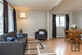 Photo 3: 422 William Newton Avenue in Winnipeg: Elmwood Residential for sale (3A)  : MLS®# 1828396