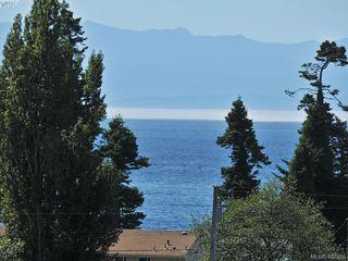Photo 18: 212 1405 Esquimalt Road in VICTORIA: Es Saxe Point Condo Apartment for sale (Esquimalt)  : MLS®# 402355
