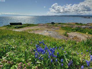 Photo 21: 212 1405 Esquimalt Road in VICTORIA: Es Saxe Point Condo Apartment for sale (Esquimalt)  : MLS®# 402355