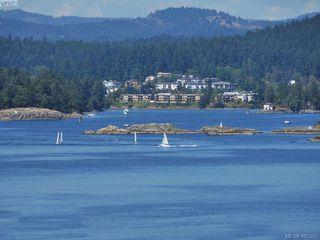 Photo 17: 212 1405 Esquimalt Road in VICTORIA: Es Saxe Point Condo Apartment for sale (Esquimalt)  : MLS®# 402355