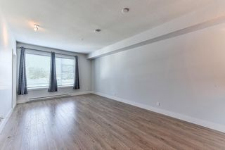 "Photo 10: 302 15956 86A Avenue in Surrey: Fleetwood Tynehead Condo for sale in ""Ascend"" : MLS®# R2328477"