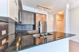 "Photo 13: 302 15956 86A Avenue in Surrey: Fleetwood Tynehead Condo for sale in ""Ascend"" : MLS®# R2328477"