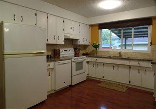 Photo 2: 7103 43 Avenue in Edmonton: Zone 29 House for sale : MLS®# E4139946