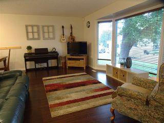 Photo 5: 7103 43 Avenue in Edmonton: Zone 29 House for sale : MLS®# E4139946