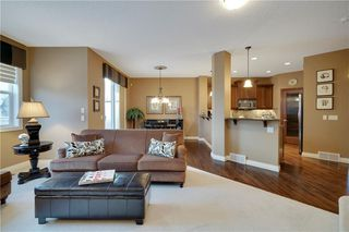 Photo 4: 36 ASPEN HILLS Close SW in Calgary: Aspen Woods Detached for sale : MLS®# C4223574
